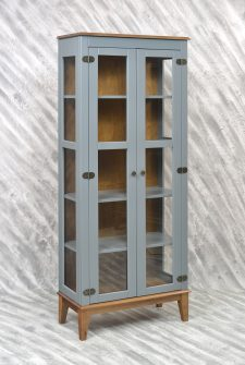 Ref. 4234CZ – Cristaleira 2 portas – Cinza
