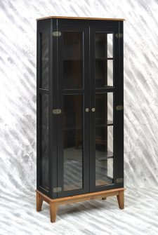 Ref. 4234PTPT – Cristaleira 2 portas – Preto